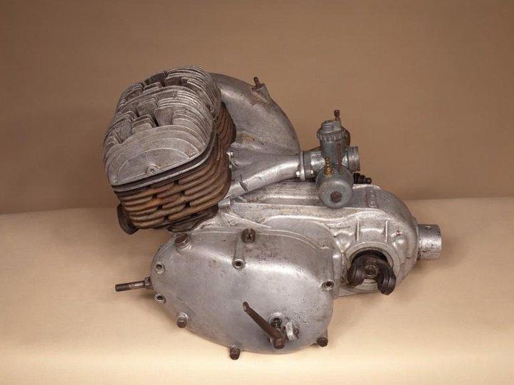 silnik400-4